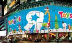Toys R Us Times Square Photos