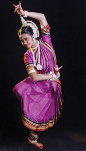 Sonali Mishra dancing in a Diwali celebration