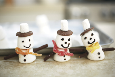 marshmallow snowmen, recipe; christmas cooking with kids
