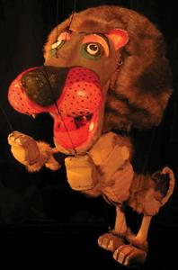 marionetas de la esquina; lion puppet