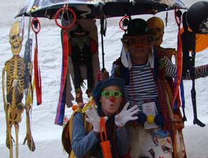 Bolo & Claus Clowns