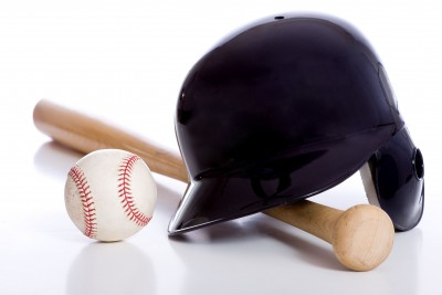baseball-equipment; baseball-bat-helmet