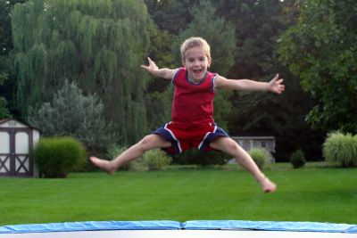 boy-on-trampoline, trampoline-safety