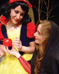 Snow White and the evil queen, Theatre Three