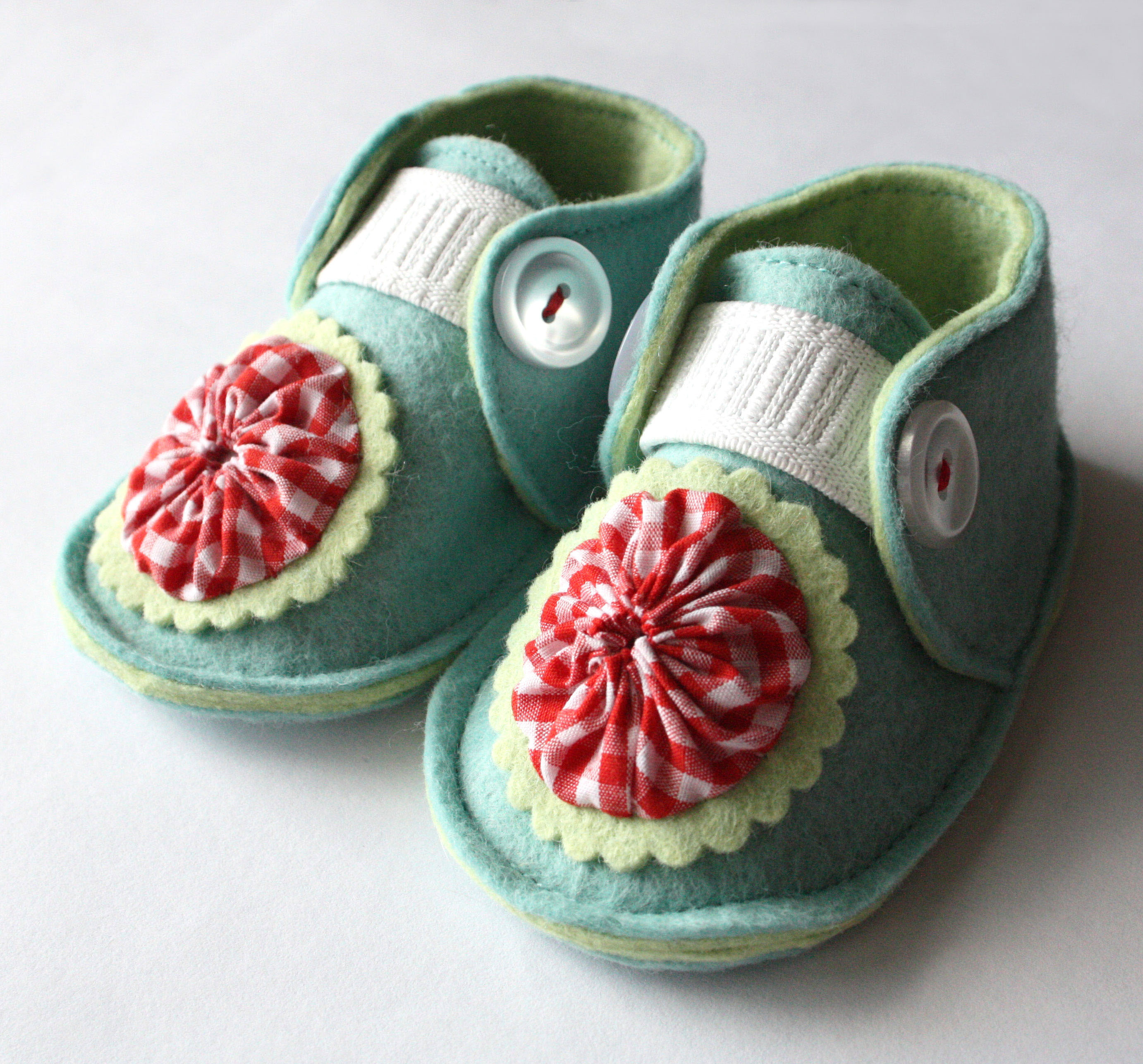 crib-shoes