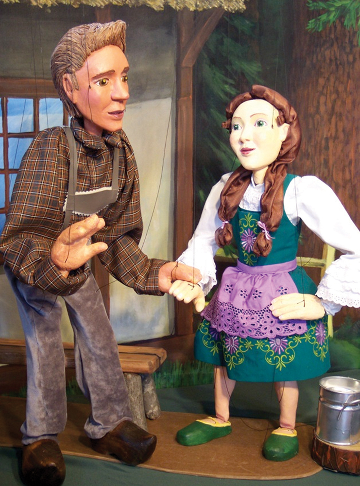 Handsome and Gretel, No Strings Marionette Company