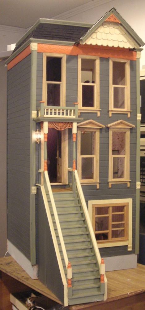 Kelloggs dollhouse