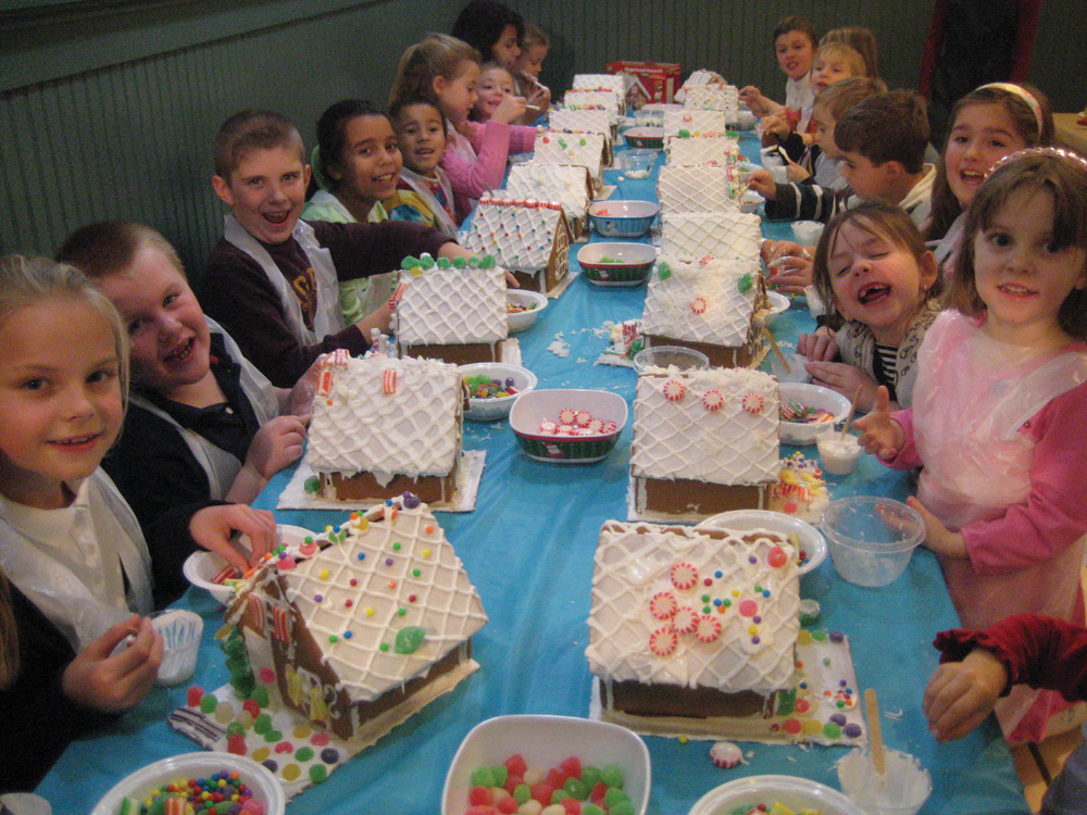 gingerbread house workshop at What's Cooking
