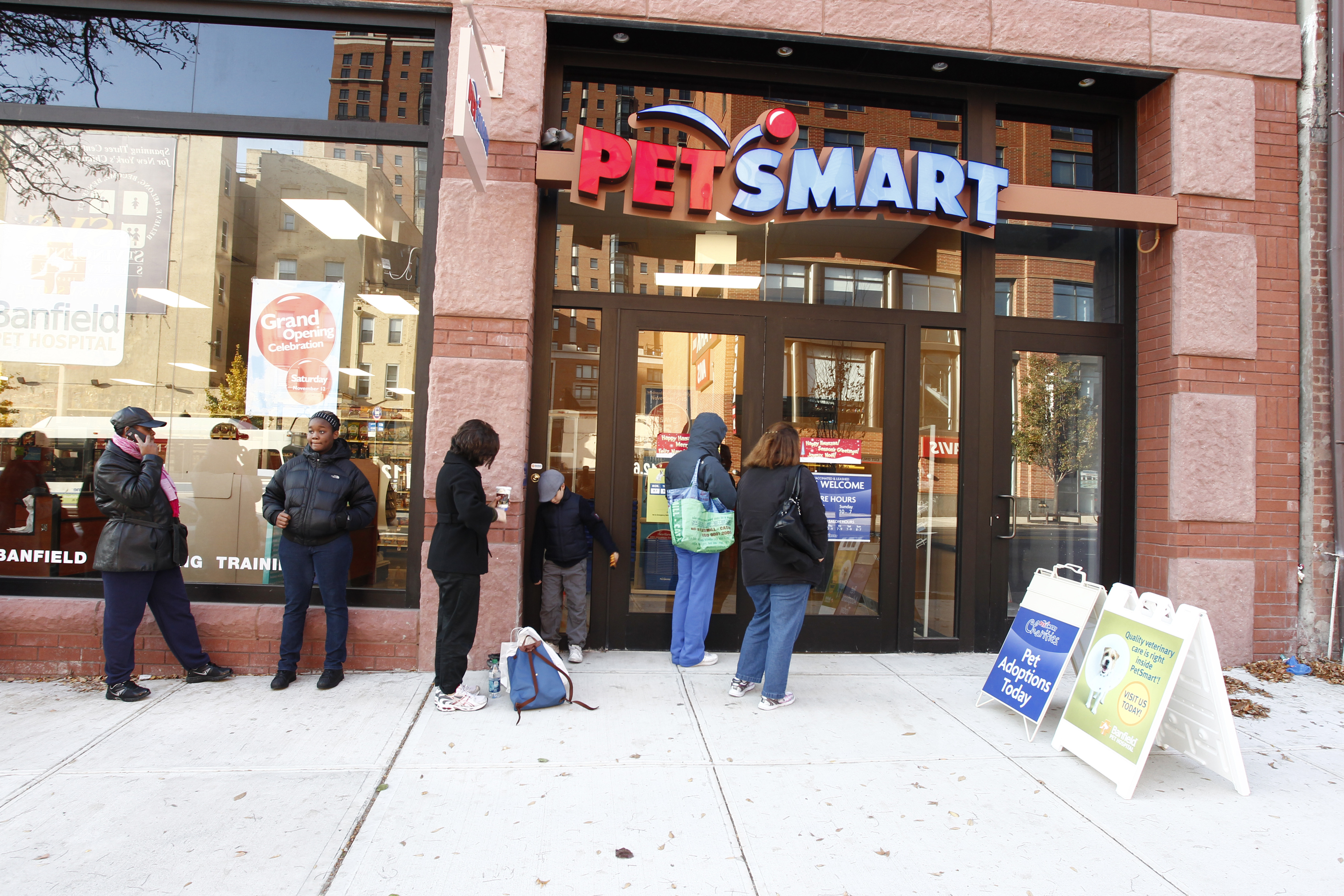 PetSmart® opens in Boerum Hill and Canarsie, bringing PetSmart Charities Adoption Centers to Brooklyn.