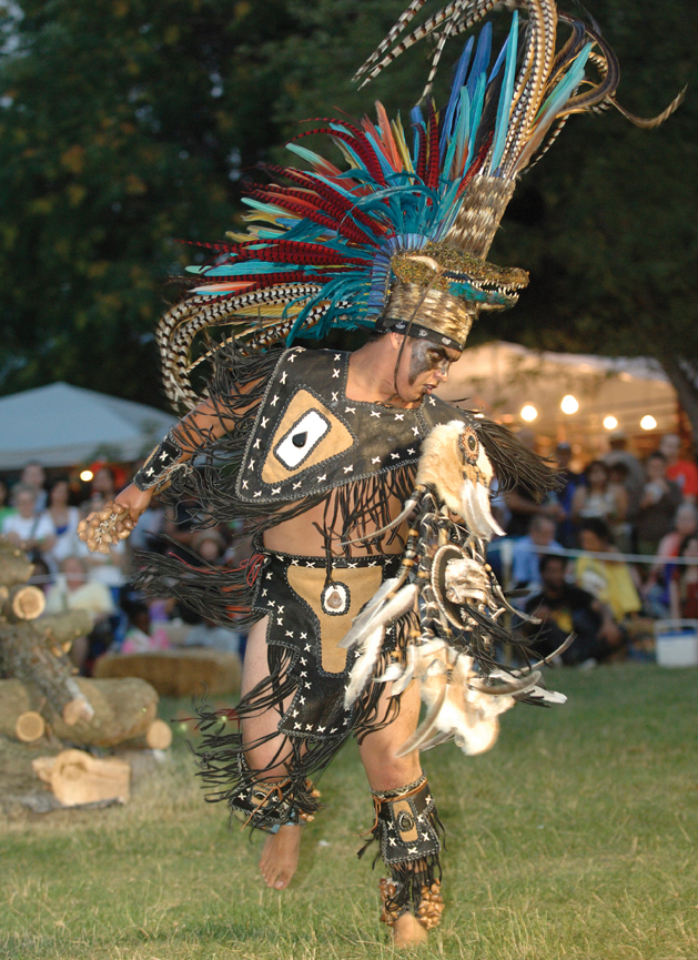 thunderbird native american powwow queens
