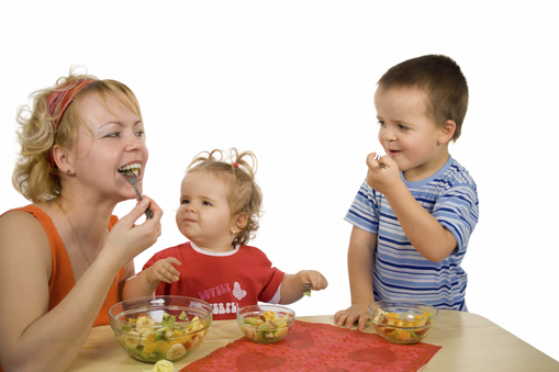 kids eating fruit salad