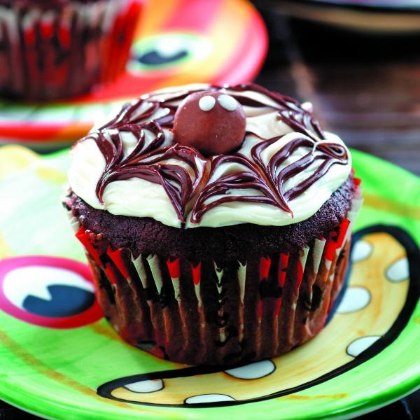 Cobweb Cupcake