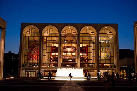 The Metropolitan Opera offers gift cards for the holidays
