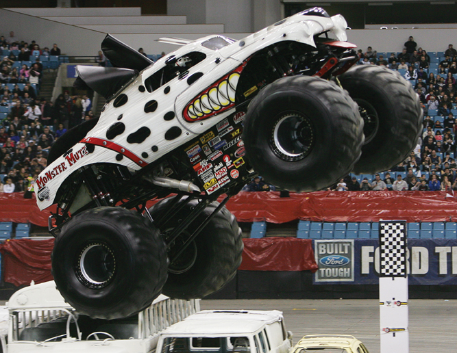 Monster Mutt in Monster Jam