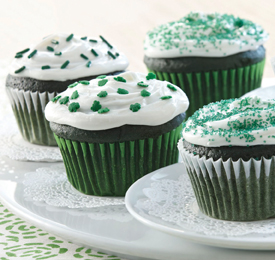 green velvet cupcakes with mint frosting