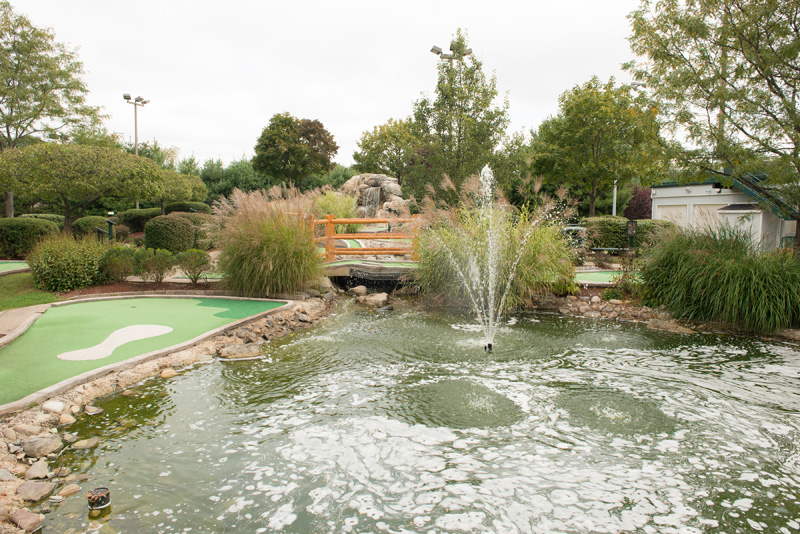 sports center of connecticut mini golf course