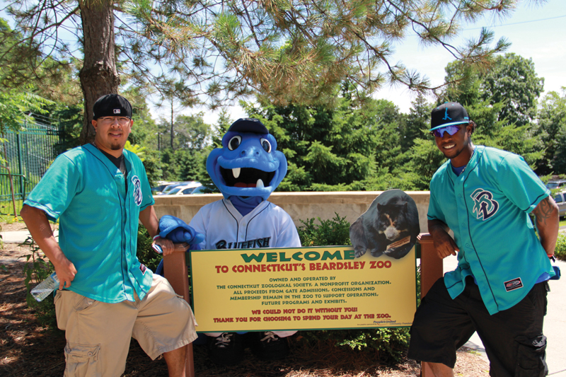 bridgeport bluefish day at the zoo