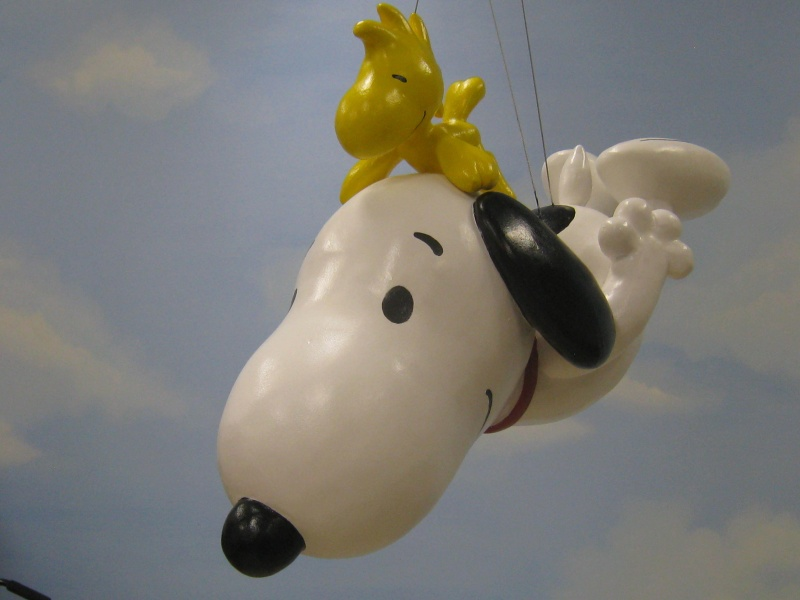 snoopy macy's day balloon