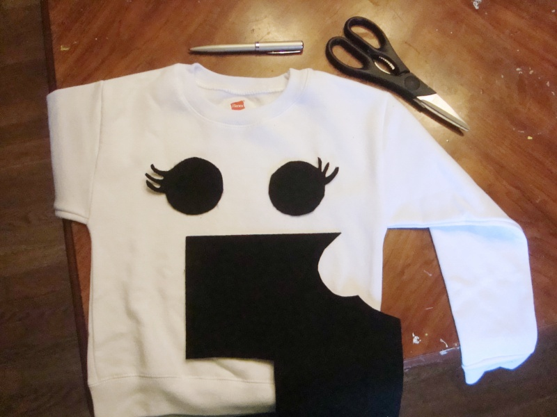 diy ghost sweatshirt