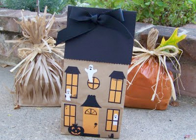 paper haunted house craft