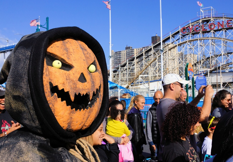 pumpkin man halloween harvest luna park