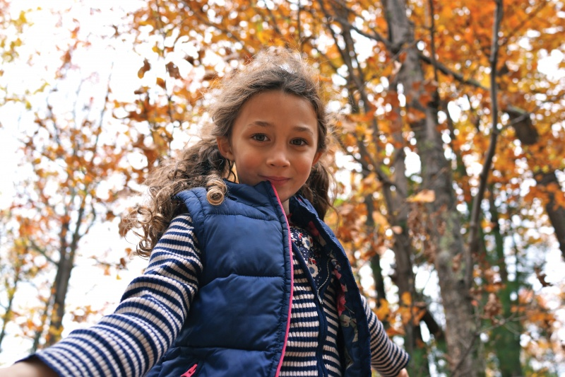 nigel barker's daughter outside in the fall