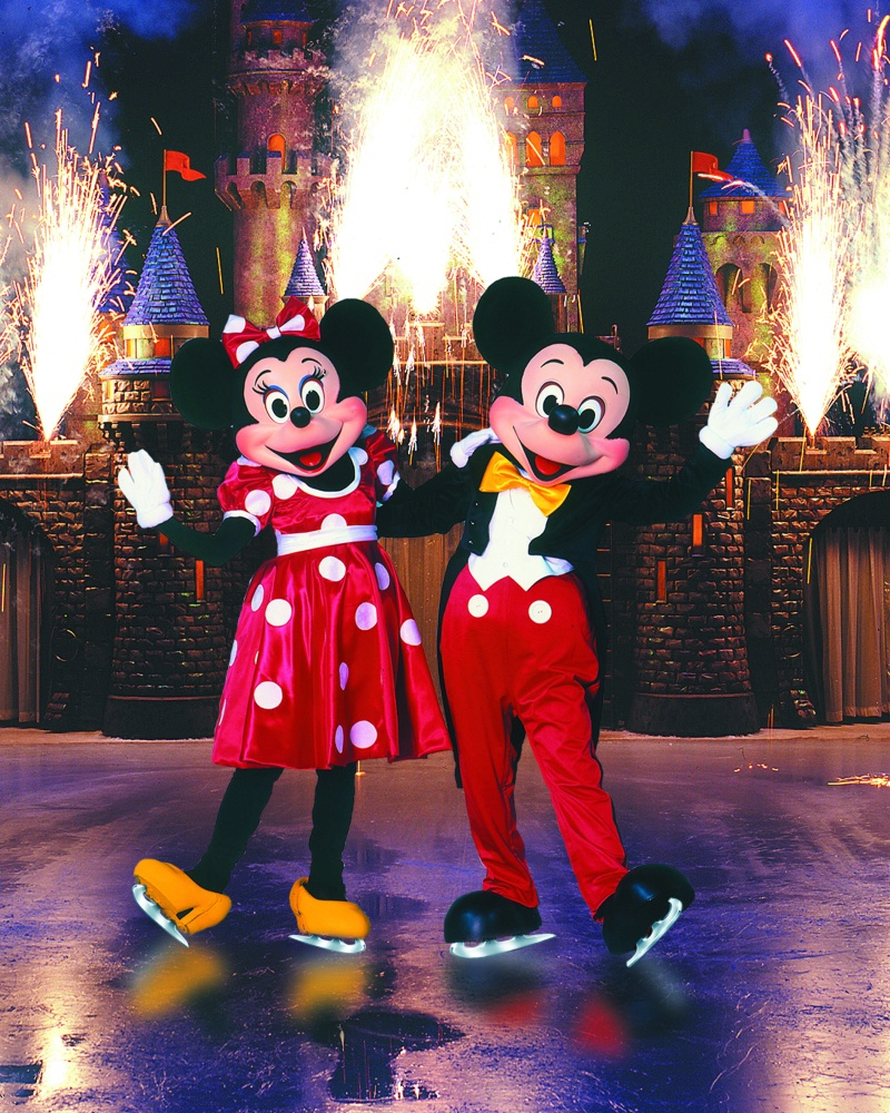 mickey and minnie skating